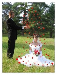 Russian Wedding Portraits Are Amazing « HowAboutWe – Date Report Awkward Wedding Photos, Wedding Pictures, Wedding Gallery, Beaux Couples, Russian Wedding, Wedding Planning Websites, Photo Couple, Traditional Wedding, Wedding Portraits