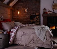 Stag bedding. Idea for any #hunting cabin. #stagbedding #bedding