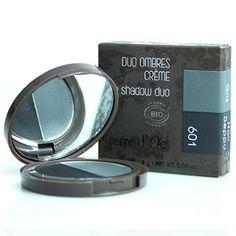 terre d'Oc duo eyeshadow 601 black and grey for a smokey eye look