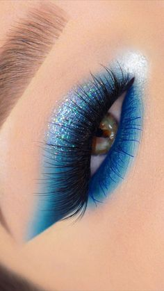 Sparkly Eye Makeup, Makeup Eye Looks, Eye Makeup Steps, Eye Makeup Art, Colorful Eye Makeup, Beautiful Eye Makeup, Blue Eye Makeup, Eyeshadow Makeup, Makeup Inspo