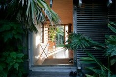 Davis bure designed by architect Pip Cheshire Whale Bay NZ