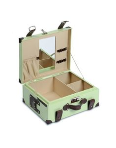 For Myself: So in love with this Mint Vanity Trunk from the little market! #FairTuesday