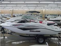 How to Keep a Boat Interior Clean thumbnail