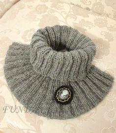 ! Funda Ceyhan: ÖRGÜ BOYUNLUK Diy Crafts Knitting, Easy Knitting, Knitting Patterns Free, Knitting Projects, Knit Cowl, Cowl Scarf, Crochet Baby, Knit Crochet, Baby Pullover