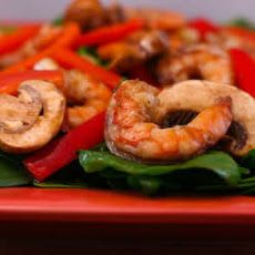 Asian Spinach Salad with Shrimp, Red Pepper, and Mushrooms Recipe