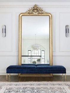 Large floor mirror with bench in front, foyer, entrance area, gold floor mirror . - Home Decor Interior Design Inspiration, Home Decor Inspiration, Decor Interior Design, Interior Decorating, Decor Ideas, Design Ideas, French Interior Design, Art Deco Interior Bedroom, Mirror Inspiration