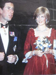 A NIGHT OF KNIGHTS FOR PRINCE CHARLES & PRINCESS DIANA AT THE BARBICAN CENTRE LONDON 4 MARCH 1982