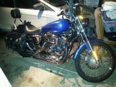 2004 Harley-Davidson SPORTSTER 1200 Custom , Miller light blue with pin stripe, 8,650 miles for sale in Round Lake Park, IL
