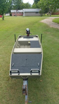 New 2016 tracker 14 jon boat… – Now YOU Can Build Your Dream Boat With Over 500 Boat Plans! Duck Hunting Boat, Duck Boat, Aluminum Fishing Boats, Aluminum Boat, John Boats, Flat Bottom Boats, Free Boat Plans, Boat Restoration, Boat Projects