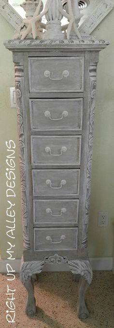 Lingerie Chest,French Provincial tall chest,Chest of drawers,Shabby chic tall… (Shabby Chic Diy Furniture) Annie Sloan Painted Furniture, Painted Bedroom Furniture, Shabby Chic Furniture, Vintage Furniture, Shabby Chic Dressers, Bathroom Furniture, Diy Furniture Projects, Upcycled Furniture, Furniture Makeover