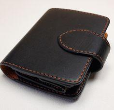 Картинки по запросу 女性に人気のハートの可愛い二つ折り革財布(HW-02)