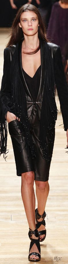 Spring 2016 Ready-to-Wear Barbara Bui