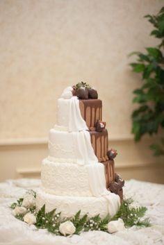 Christa and Marvin's Creative University Wedding - photo by Chloe Austin Photography