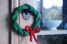 little icord wreath there is a link to the instructions Knit Christmas Ornaments, Christmas Knitting, Christmas Crafts, Christmas Wreaths, Christmas Tree, Knitting Projects, Crochet Projects, Sewing Projects, Spool Knitting