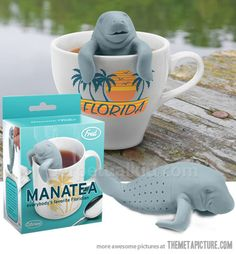 """""""Manatea"""" Infuser from Fred & Friends (© 2013)"""