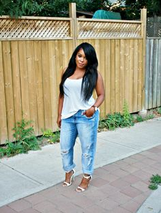 "Denim white - I would KILL for a pair of jeans that fur like this, lose in the ""thick"" leg & slim waist"