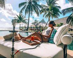 ~Life is cool by the pool~ lust 📷 Maldives Luxury Resorts, Visit Maldives, Paradise On Earth, Luxury Holidays, Luxury Lifestyle, Wander, Lust, Exploring, Journey