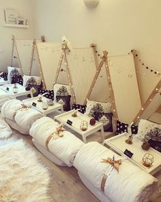 When my little girl requested a Harry Potter themed sleepover and pamper party for her birthday, I just had to enlist the help of one of my… Birthday Sleepover Ideas, Sleepover Beds, 12th Birthday Party Ideas, Slumber Parties, Spa Birthday, Bachelorette Parties, 13th Birthday, Photos Folles, Girl Spa Party