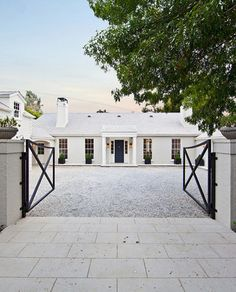 I love websites like Curbed that keep us alerted as to where the celebrities are living. Usually it's not anywhere chic but on Friday, they announced that Gwyenth Paltrow and hubby Chris Martin just purchased The House of Windsor. The concept house in the Mandeville Canyon area of Los Angeles was designed by Windsor Smith […]