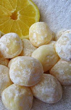 Lemon Desserts, Lemon Recipes, Sweet Recipes, Lemon Candy Recipe, Fudge, Candy Recipes, Dessert Recipes, Recipes Dinner, Lemon Truffles