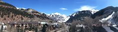 Spring has sprung in Telluride! Beautiful sunny ski day here.