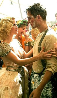 Robert Pattinson and Reese Witherspoon in Water For Elephants