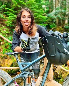 Freeride Mountain Bike, Mountain Biking Women, Cycling Girls, Bicycle Girl, S Girls, Fitness Models, Instagram, Female, Lady