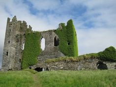Ballycarberry Castle, Co. Kerry, Ireland, a fortress of the McCarthy family. Photo thanks to Rowan Lewgalon