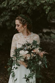 organic wedding bouquet - photo by Brandon Scott Photography http://ruffledblog.com/canadian-wedding-with-greenery-galore