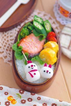 snowman & bunny made with radish & quail's egg bento