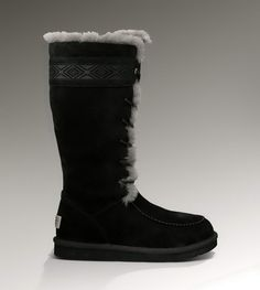 black ugg boots junior