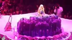 Lady Gaga - 'Fashion!' Live at the artRAVE: The ARTPOP Ball Tour - http://www.fashionhowtip.com/post/lady-gaga-fashion-live-at-the-artrave-the-artpop-ball-tour/