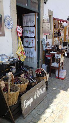 Kersenlikeur uit Óbidos Portugal Ladder Decor, Travel, Home Decor, Fine Dining, Voyage, Trips, Viajes, Destinations, Interior Design