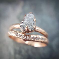 Engagement Bands Raw, uncut diamond engagement ring and wedding band. - Metal: Real Solid gold Beautiful Simulated Diamond Best Alternative to Engagement Rings for women Cool Wedding Rings, Beautiful Wedding Rings, Wedding Ring Designs, Wedding Rings Vintage, Wedding Jewelry, Gold Wedding, Bridal Rings, Wedding White, Hippie Wedding Ring