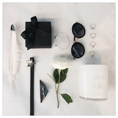 Keep it simple, black and white. Keep It Simple, White Roses, White Christmas, Sunnies, Feathers, Candles, Belt, Star, Black And White