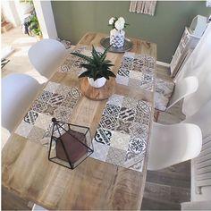 Beija flor, une marque de décoration vinyl de set de table,tapis imitant avec succès les carreaux en ciment .Ils donneront une touche de peps à votre déco.
