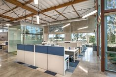 Turner Constructions San Diego Offices / ID Studios awesome office design