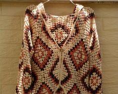 Hooded Crochet Granny Square Sweater Cardigan in Rainbow Unique Crochet, Beautiful Crochet, Crochet Ideas, Jumpers For Women, Sweaters For Women, Granny Square Sweater, Crochet Shawl, Crochet Tops, Crochet Granny