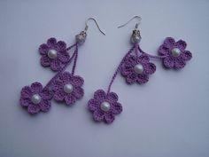 Bildresultat för Free Crochet Instructions for Earrings Crochet Earrings Pattern, Crochet Jewelry Patterns, Crochet Flower Patterns, Crochet Bracelet, Crochet Accessories, Crochet Flowers, Love Crochet, Diy Crochet, Crochet Crafts