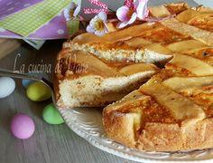 pastiera napoletana ricetta, dolce tipico delle festività pasquali, con un ricco ripieno di grano, ricotta e candidi.ricetta e procedimento