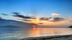 09  July 5:26 博多湾雲間から日の出です。 #sunrise at Hakata bay in Japan