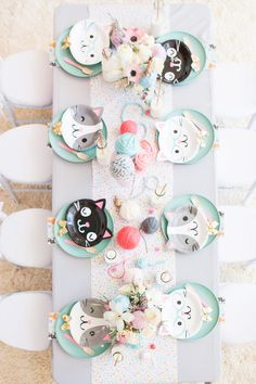 Cat Themed Birthday PAW-ty – Perfete Long table for kids birthday parties Cat Themed Parties, Puppy Birthday Parties, Cat Birthday, Birthday Party Decorations, Girls Birthday Party Themes, Kids Party Themes, Home Birthday Party Ideas, Party Themes For Kids, Parties Decorations