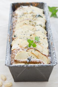 Apple and almond cake.   Use google translate.  Recipe in Polish. krupczati = type of wheat flour