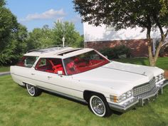 1974 Cadillac DeVille Station Wagon Maintenance/restoration of old/vintage vehicles: the material for new cogs/casters/gears/pads could be cast polyamide which I (Cast polyamide) can produce. My contact: tatjana.alic@windowslive.com