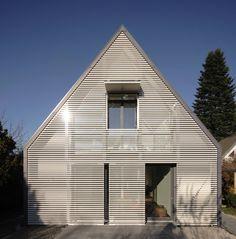 Anbau an Münchener Siedlungshaus / Mit Screen und Satteldach - Architektur und Architekten - News / Meldungen / Nachrichten - BauNetz.de