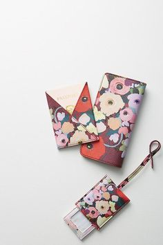 what kt does Summer Accessories, Travel Accessories, Anthropologie, Day Planners, Cute Phone Cases, Travel Essentials, Travel Style, Leather Craft, Fashion Jewelry