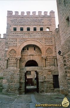 Puerta Vieja de Bisagra (Toledo). IX