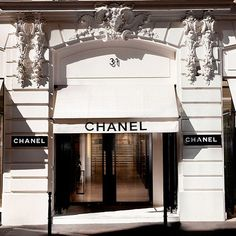 The lease originally forbade the sale of couture dresses since there was already a couture shop in the building. In 1918, she moved down the street to 31 Rue Cambon, where there is still a store today.  Image Source: Instagram user anonymously.chanel