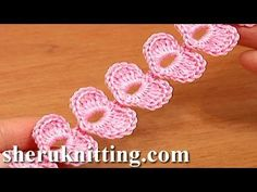 Crochet Cord Heart Elements Tutorial 62 Crochet Small Hearts bello, con tutorisl per piccoli braccialetti Bandeau Crochet, Crochet Belt, Crochet Motif, Crochet Hooks, Crochet Leaves, Crochet Flowers, Crochet Stitches Patterns, Crochet Designs, Cordon Crochet