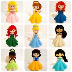 Disney Princess Set, Disney Princesses And Princes, Felt Doll Patterns, Felt Animal Patterns, Felt Crafts Dolls, Felt Dolls, Handmade Baby Items, Handmade Felt, Princess Birthday Party Decorations